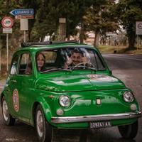 Vintage vespa scooter tours in tuscany