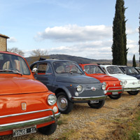 Fiat 500 and vespa Wine Tasting