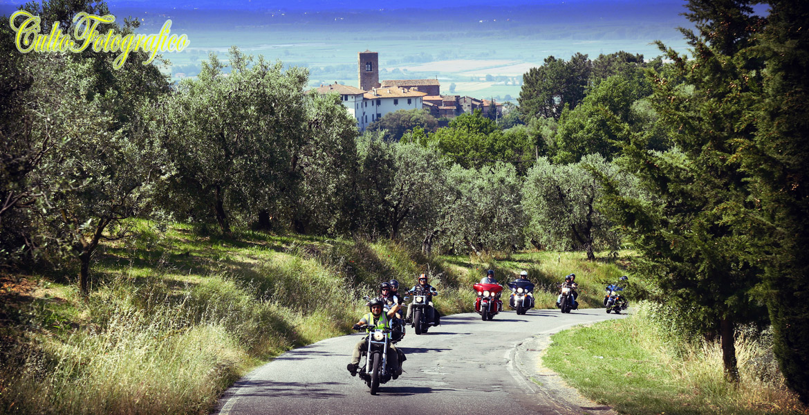 Best Motorcycle Tour with Harley Davidson in florence