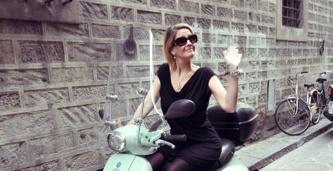 Vintage Vespa tour Firenze: amy from our fleet 4