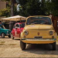 two fiat 500 in impruneta